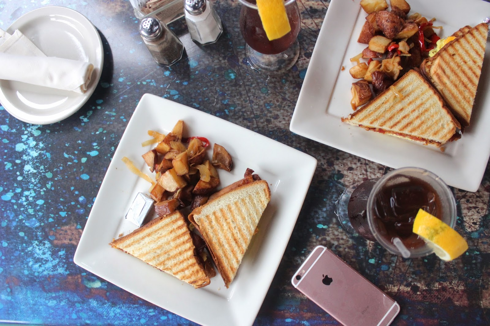 lifesthayle-miami-photodiary-lincoln-road-breakfast.jpg