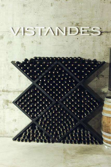 lifesthayle-wine-time-bodega-vistandes-garrafas.JPG