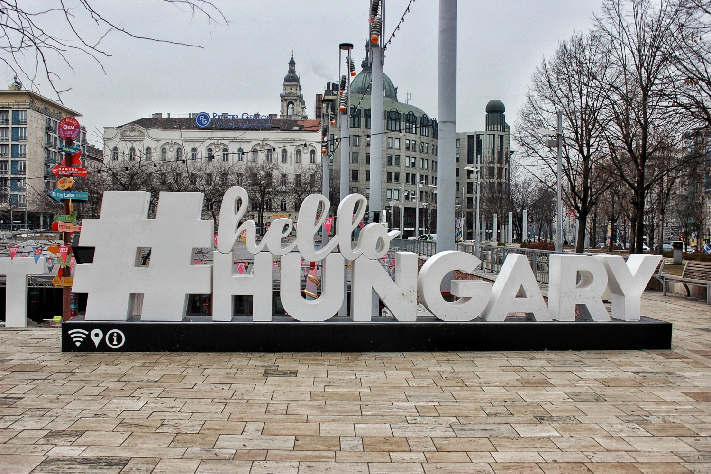 lifesthayle-budapest-hello-hungary.JPG