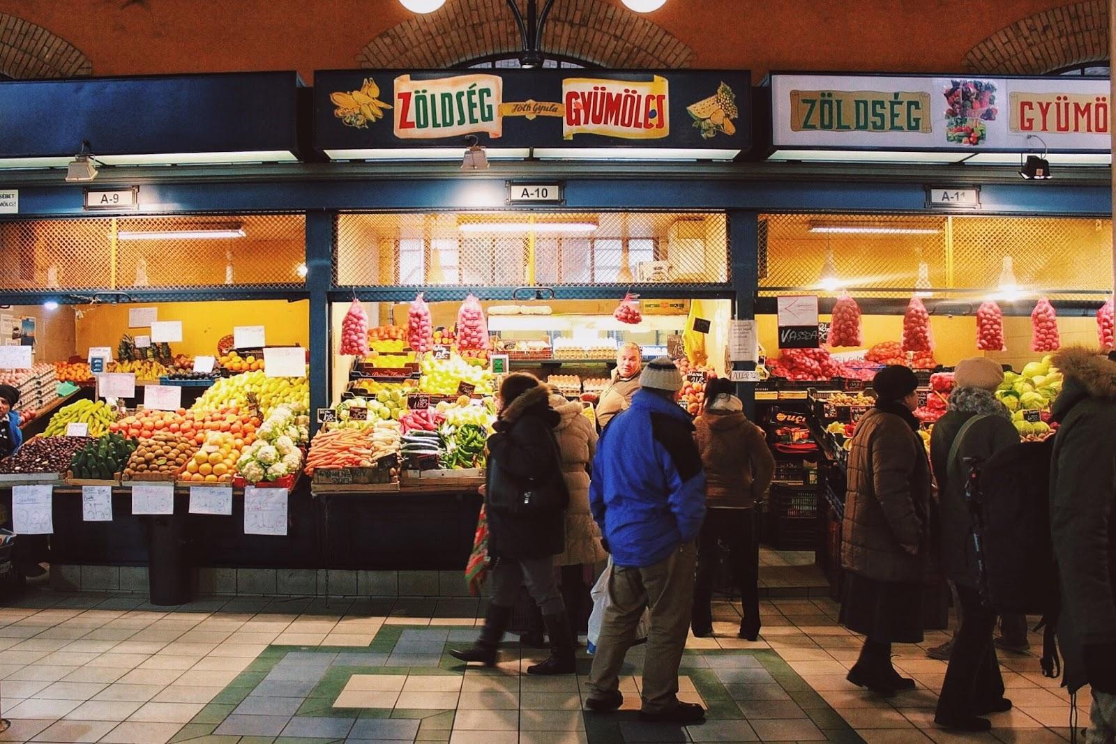 lifesthayle-budapest-great-market-hall-zoldseg-gyumoles.JPG