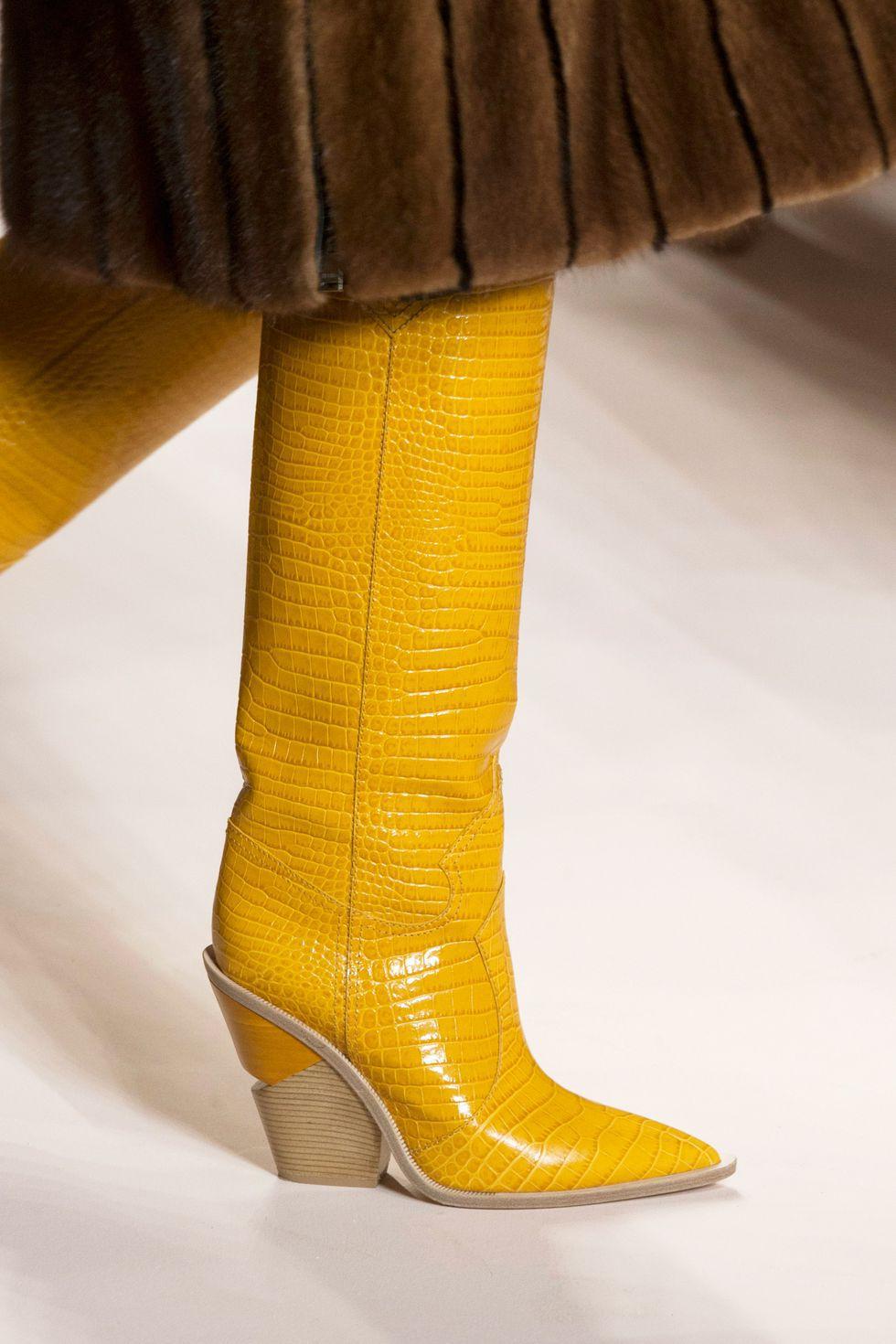 fendi-catwalk-cowboy-boots-1519661796.jpg