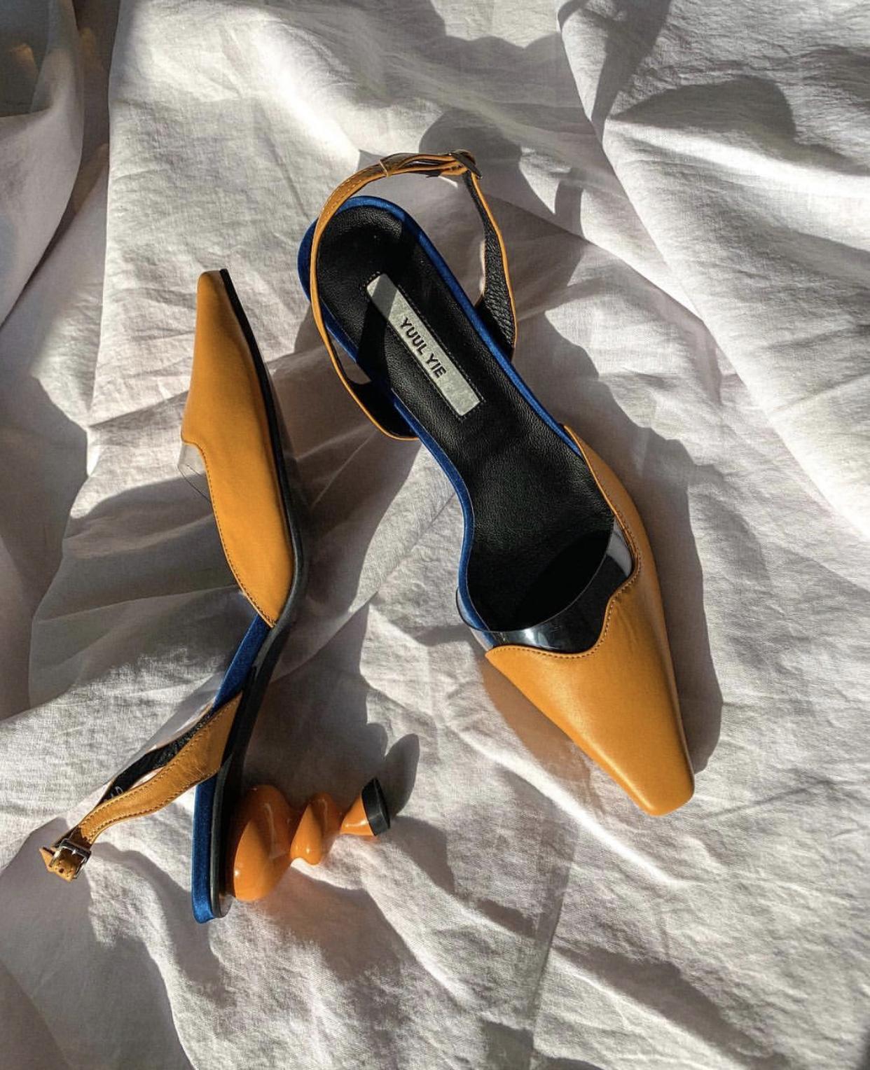 - lissom sandal