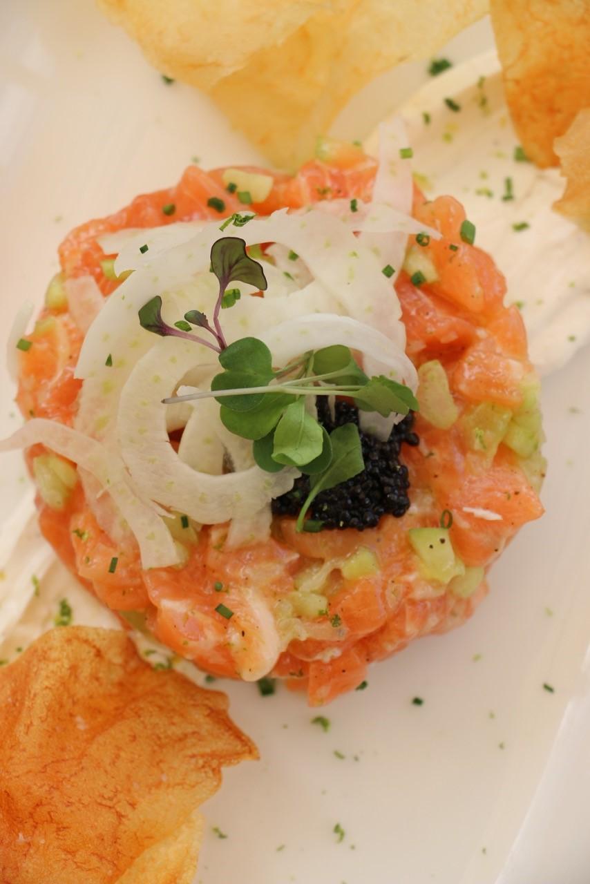 Salmon Tartar 2.jpg