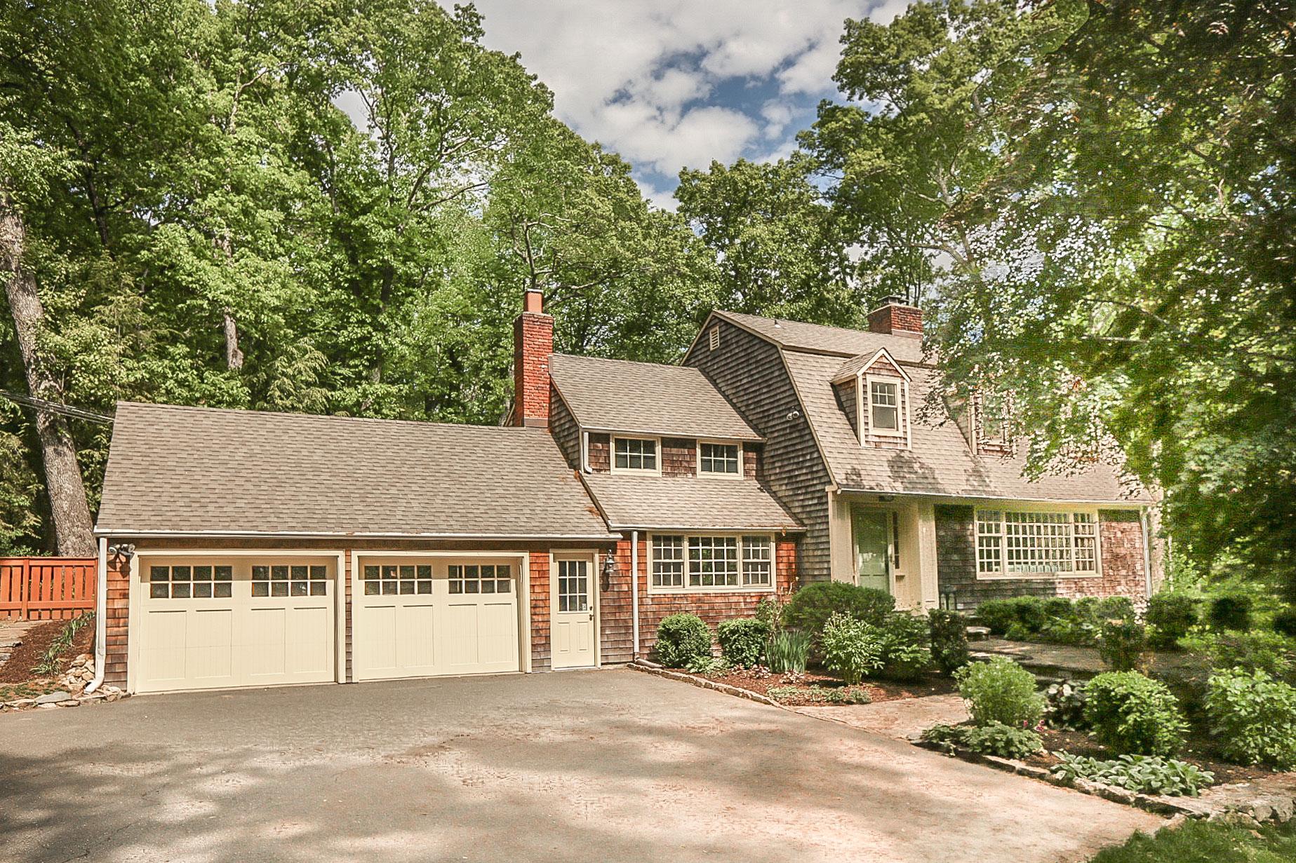 $850,000 - Weston, CT