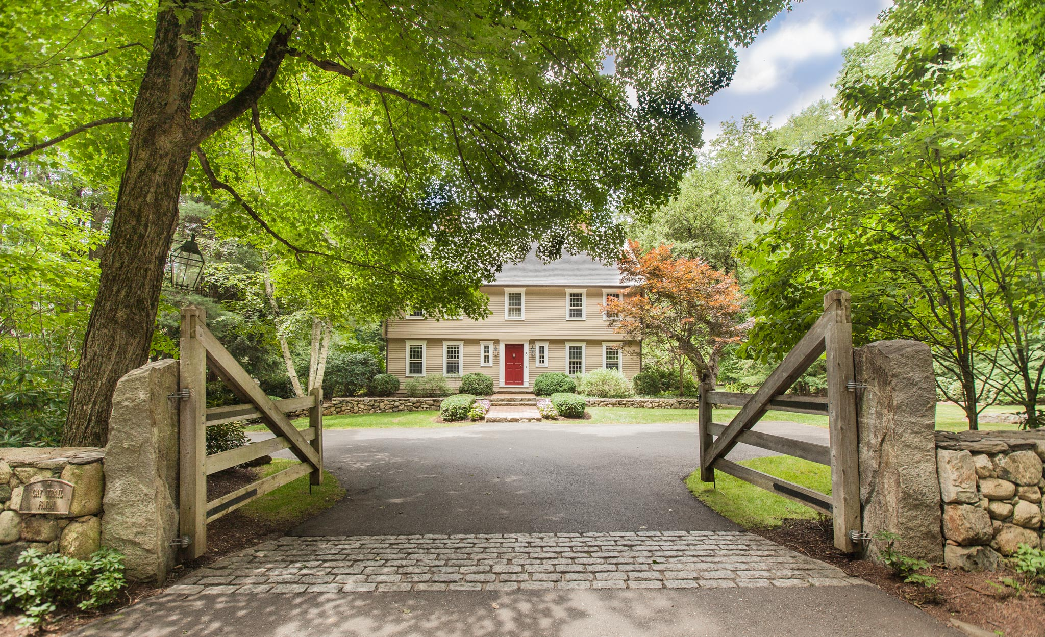 $995,000 - Weston, CT