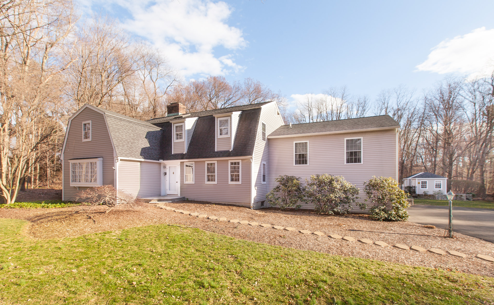 $755,000 - Weston, CT