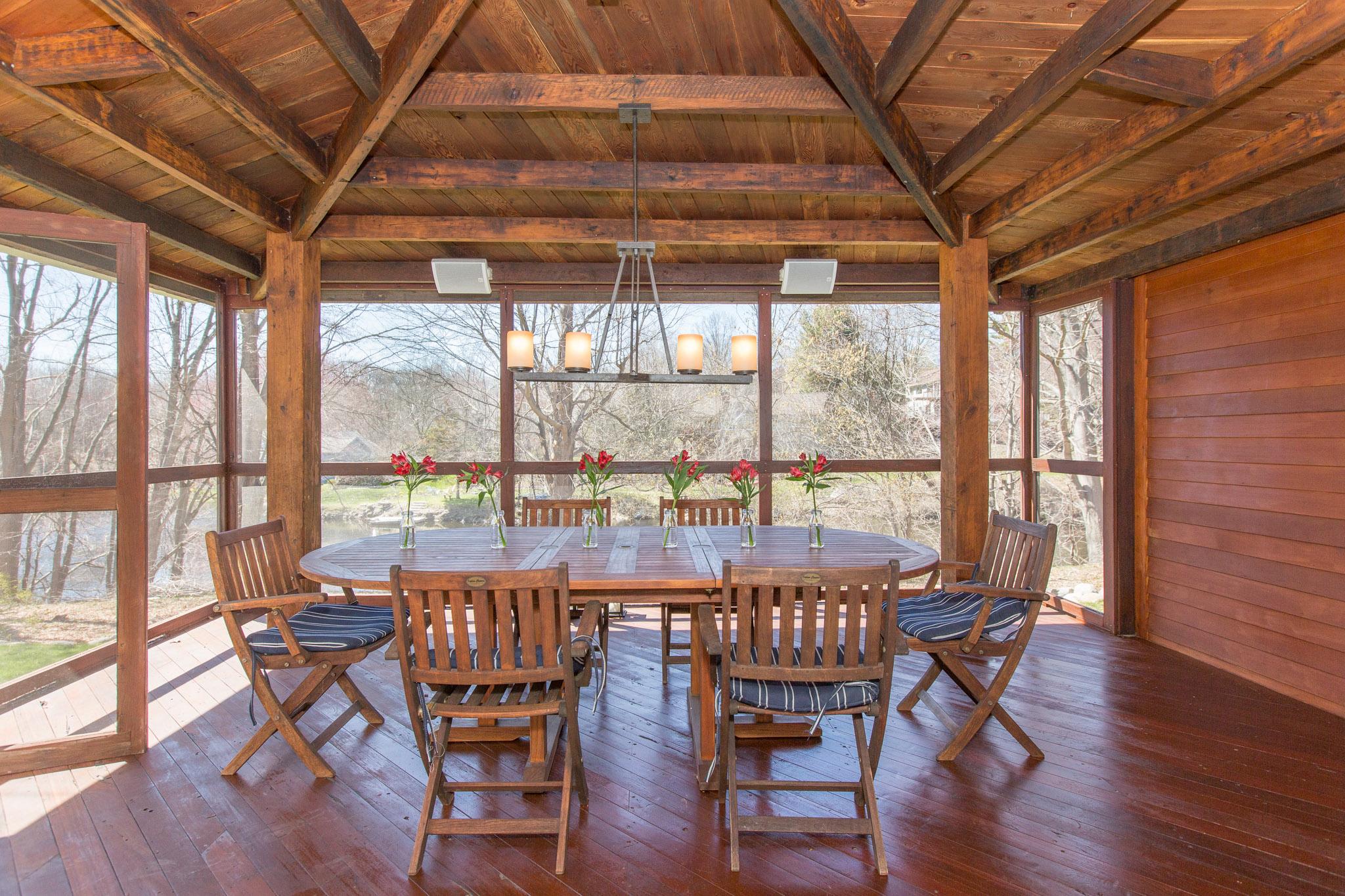 18 porch 1.jpg