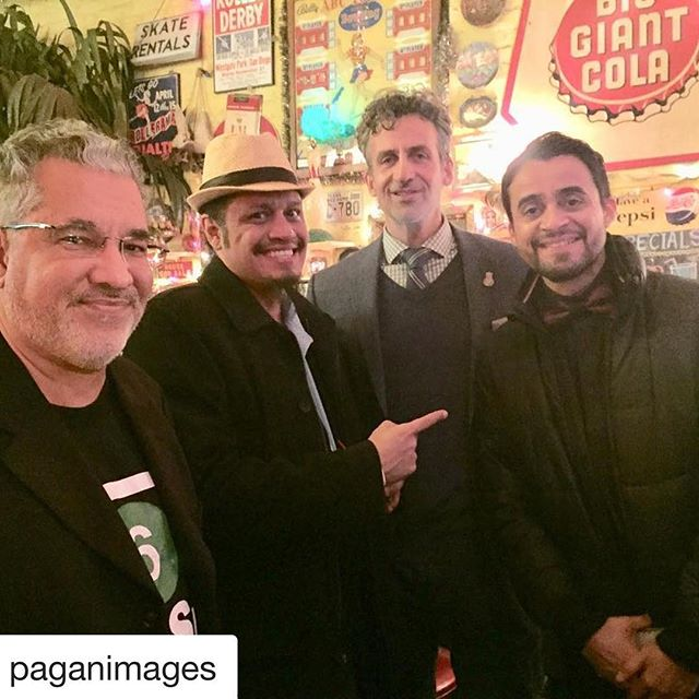 #Repost @paganimages with @get_repost ・・・ Showing some LATIN HORROR love to the horror/comedy feature film DON'T LOOK during its premiere at the New York City Horror Film Festival on November 28, 2018. #latinhorror @dontlookthemovie @javi_e_gomez @cmoran29 @newyorkcityhorrorfilmfest @bronxstrong