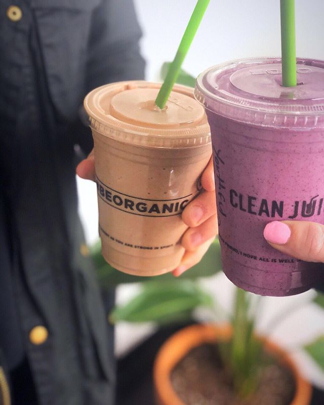 We always love stopping by @cleanjuicefivepoints to get that boost of energy to get through the rest of the week⠀ (not sponsored just love the juice 🍓🍌🥬)⠀ .⠀ .⠀ .⠀ .⠀ .⠀ .⠀ #hypemansocial #contentcreator #contentcreation #smallbizsquad #eastnashville #fivepoints #juice #socialmediamarketer #nashvilletn #nashvillelove #nashvillescene #nashvillebloggers #nashvilleliving #nashvillelife #workbreak
