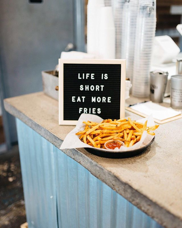 Some great advice from our friends at @groundeats ☝️and we know just where we can get the best fries in town 😉 🍟 🍔 ⠀ .⠀ .⠀ .⠀ .⠀ .⠀ .⠀ #hypemansocial #burgers #franklintn #coolsprings #nashvilletn #contentcreation #quotestoliveby #quotes #quoteboard #nashvilleblogger #nashvillebloggers #nashville_tn #nashvilletennessee #frenchfries #hangry