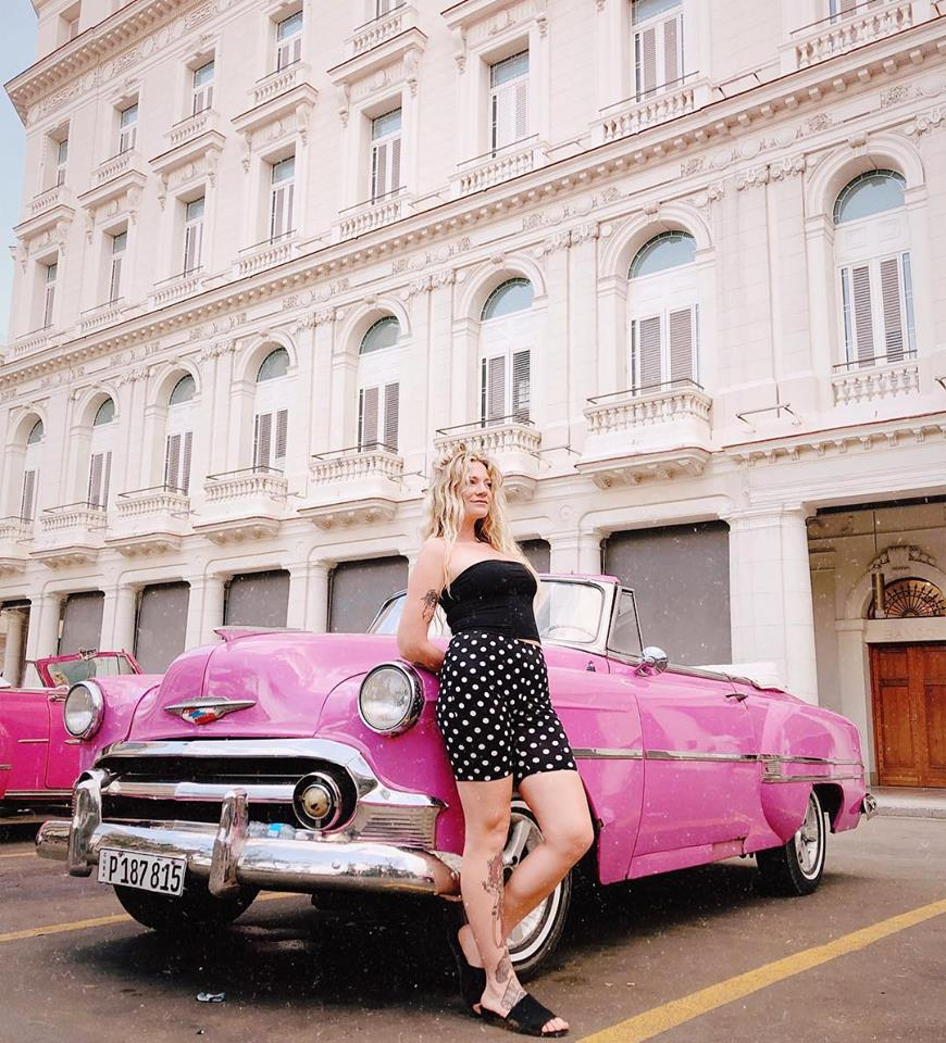 Vintage cars from the 1950's can be found all over Havana, as well as other parts of the country. In your personalized travel itinerary from The Nomad's Direction, we can arrange tours for you for various amounts of time, or a quick ride with our partners and friends in Havana!