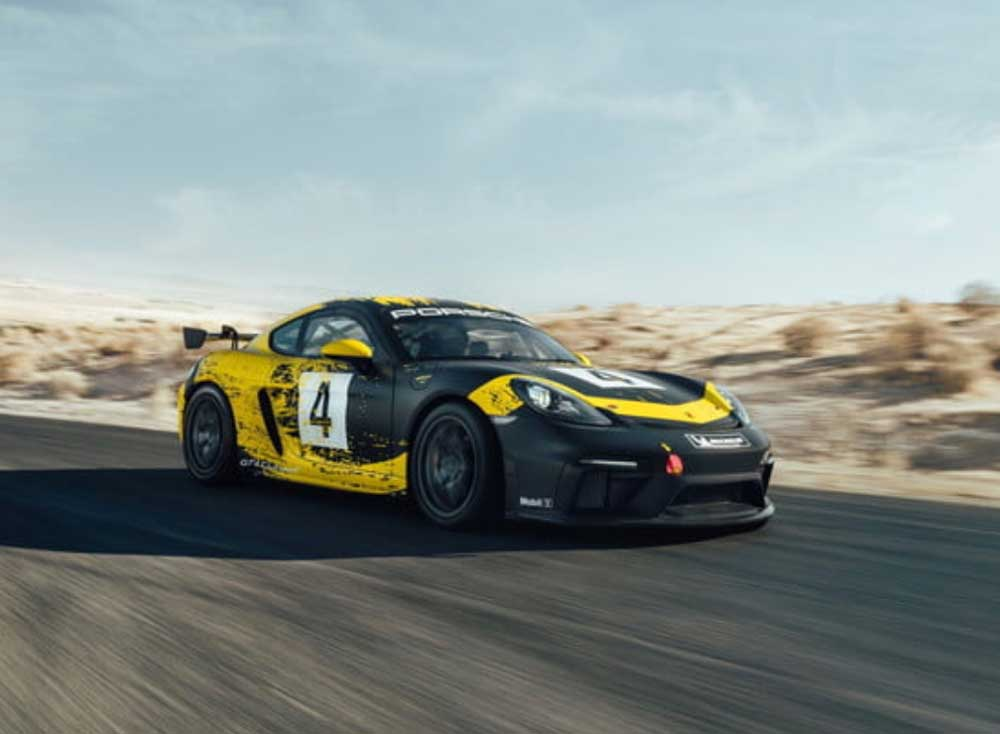 Porshe 718 Cayman GT4 Clubsport made with hemp and flax parts