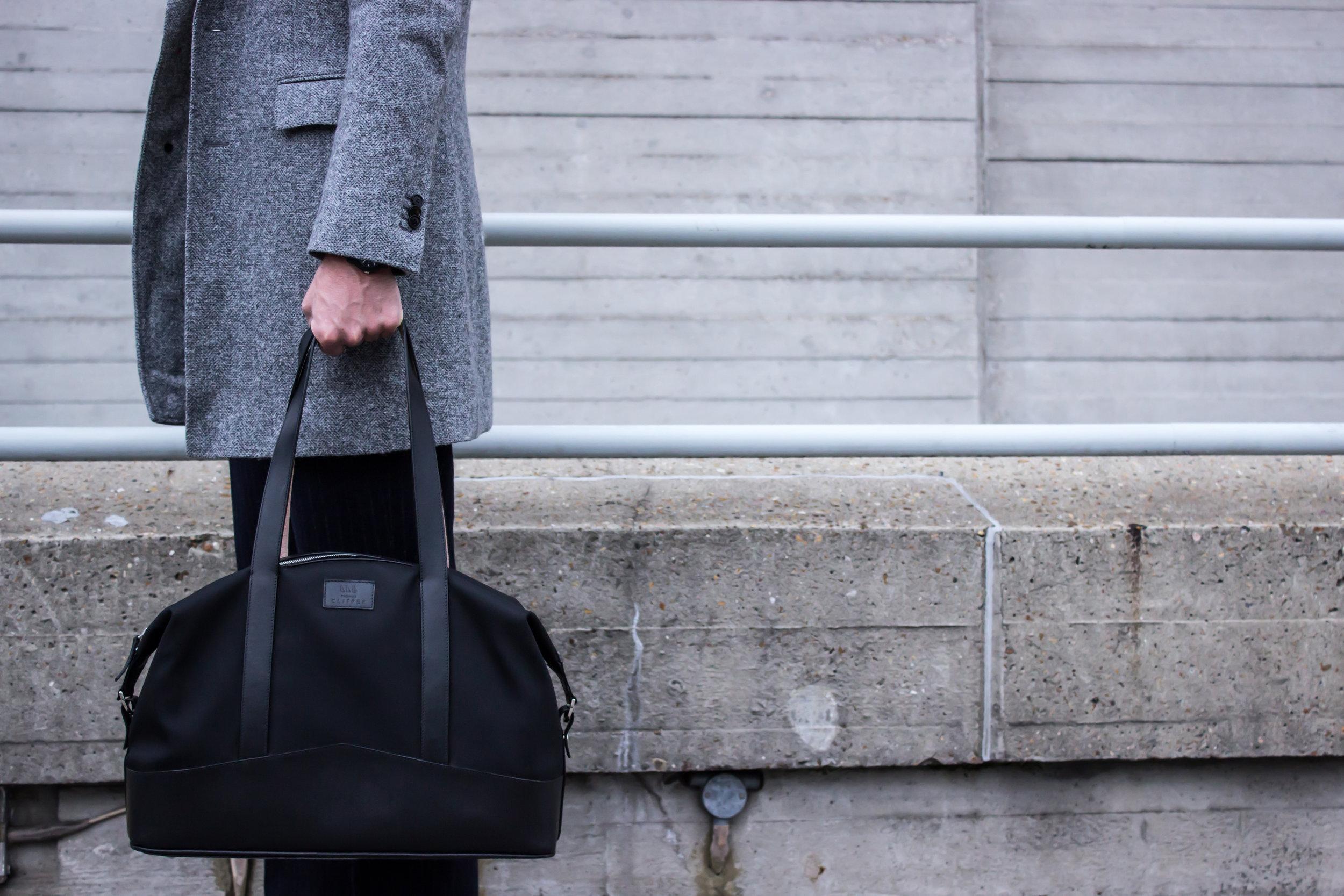 Thomas Clipper Overnight Bag - Leather Trim 02.jpg