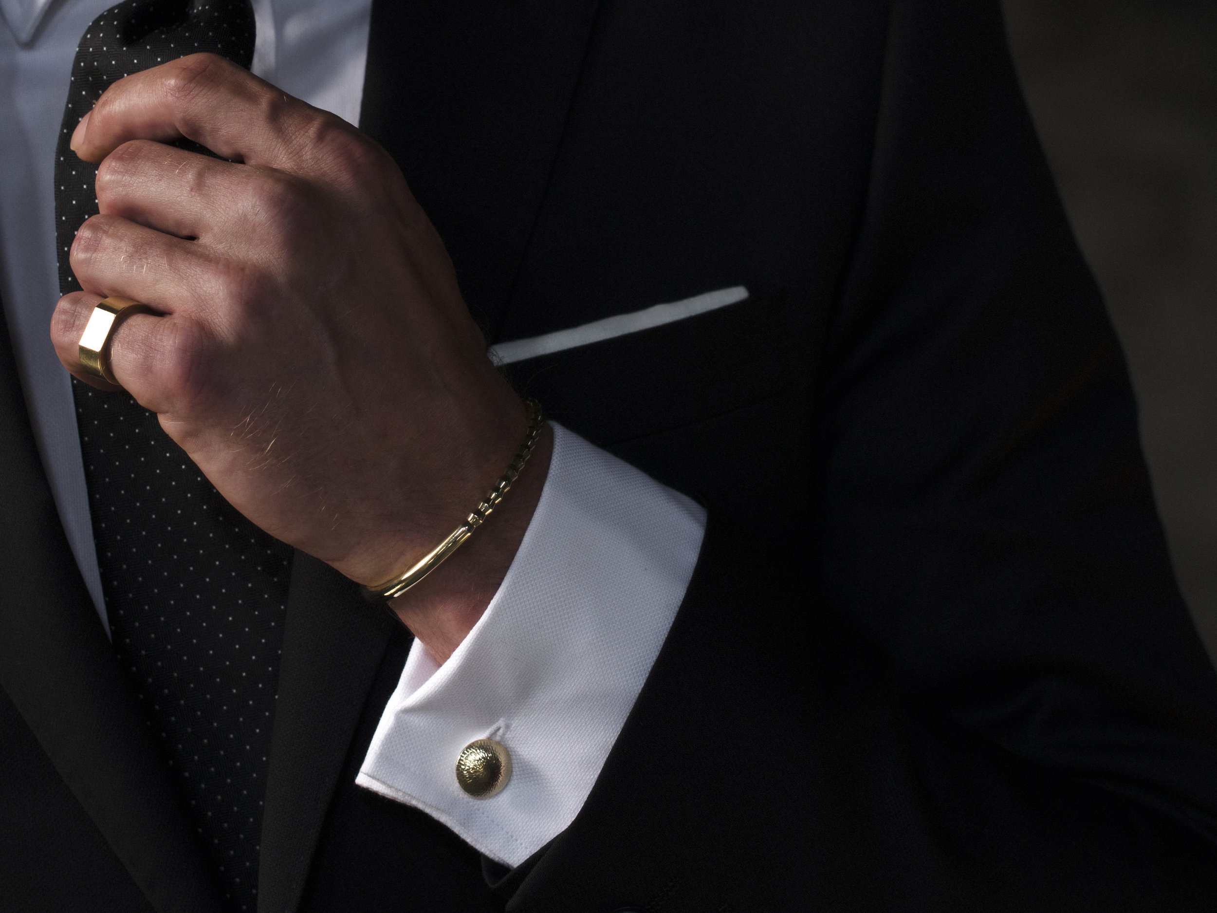 Alice Made This 'Sketch Collection' Gold Signet Ring & Cufflink.jpg