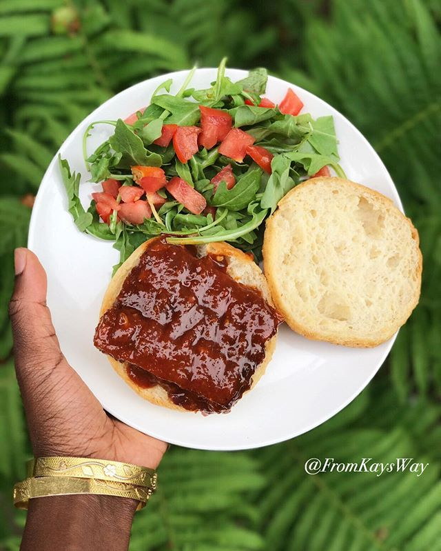 Dinner post up on my blog! BBQ Ribless Ribs for the win 🤤 Link in bio 👸🏾🌱❤️ #fromkaysway