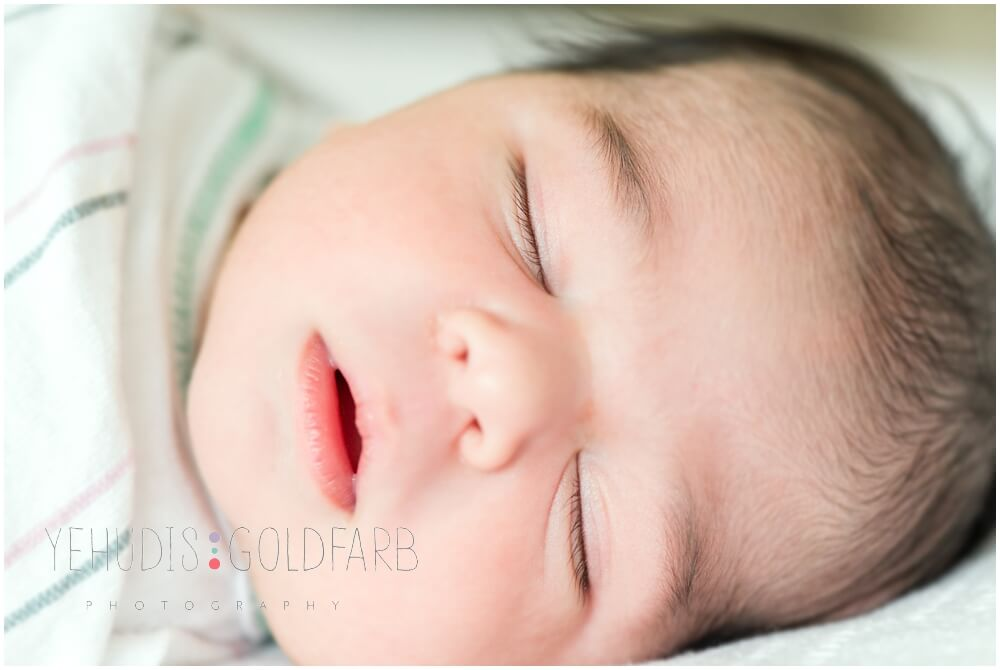 Silver-Spring-MD-Fresh-48-newborn-photography_0122.jpg