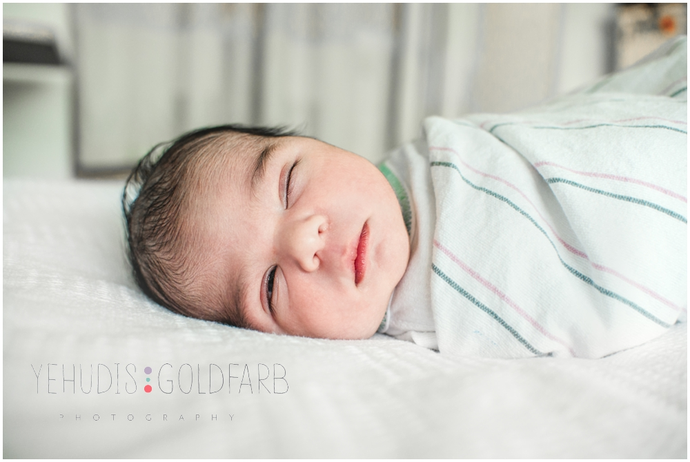 Silver-Spring-MD-Fresh-48-newborn-photography_01072.jpg