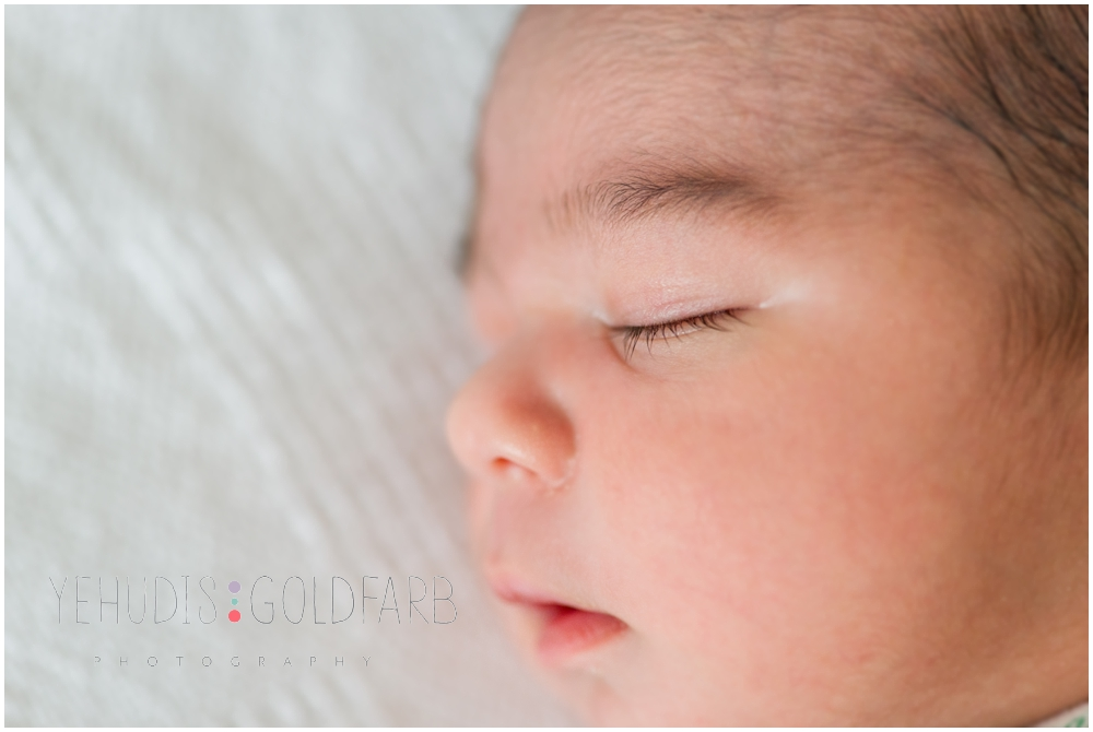 Silver-Spring-MD-Fresh-48-newborn-photography_0109.jpg