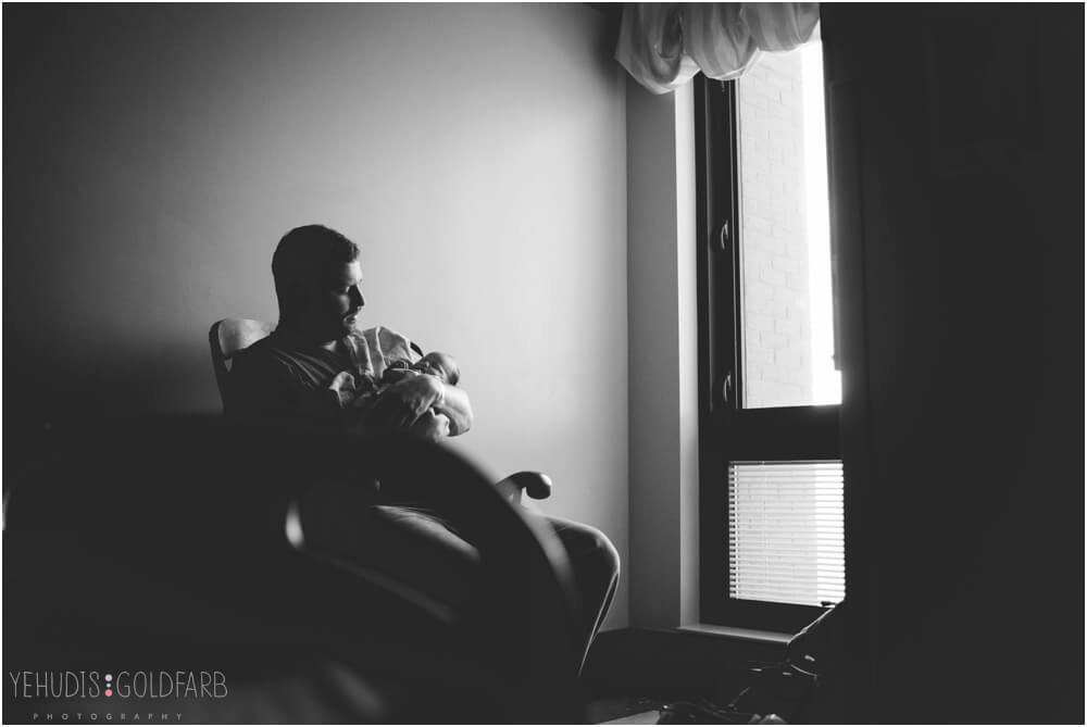 Bringing-Baby-Home-Yehudis-Goldfarb-Photography_0005-1.jpg