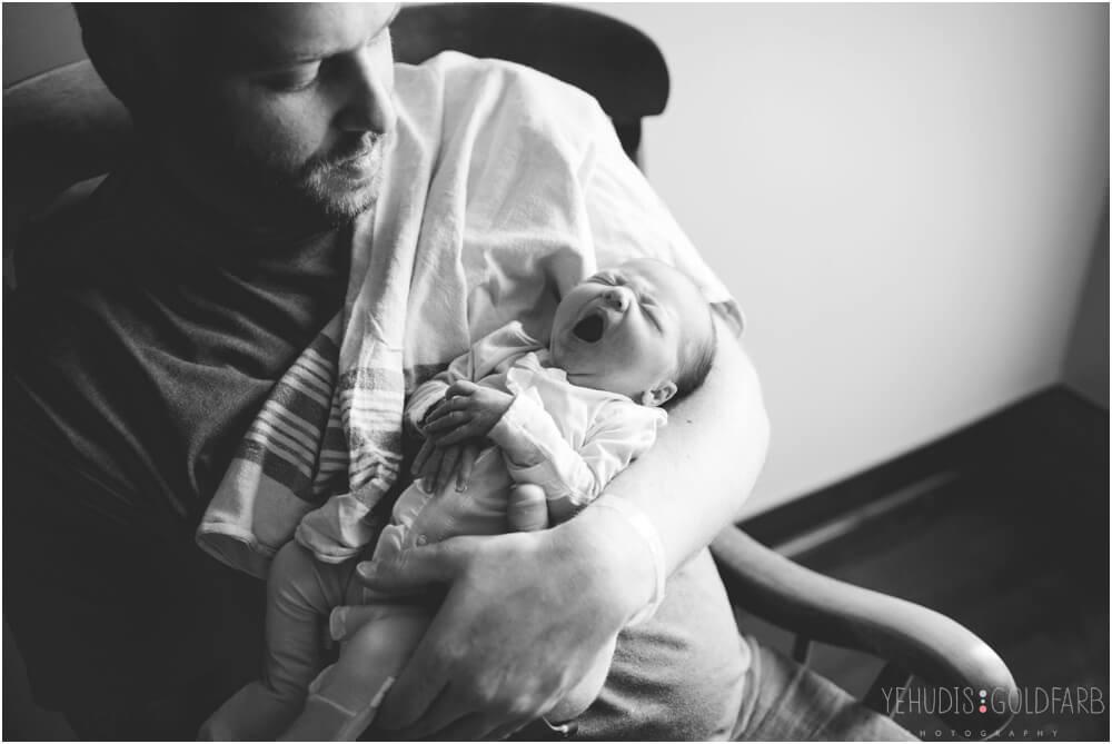 Bringing-Baby-Home-Yehudis-Goldfarb-Photography_0007-1.jpg