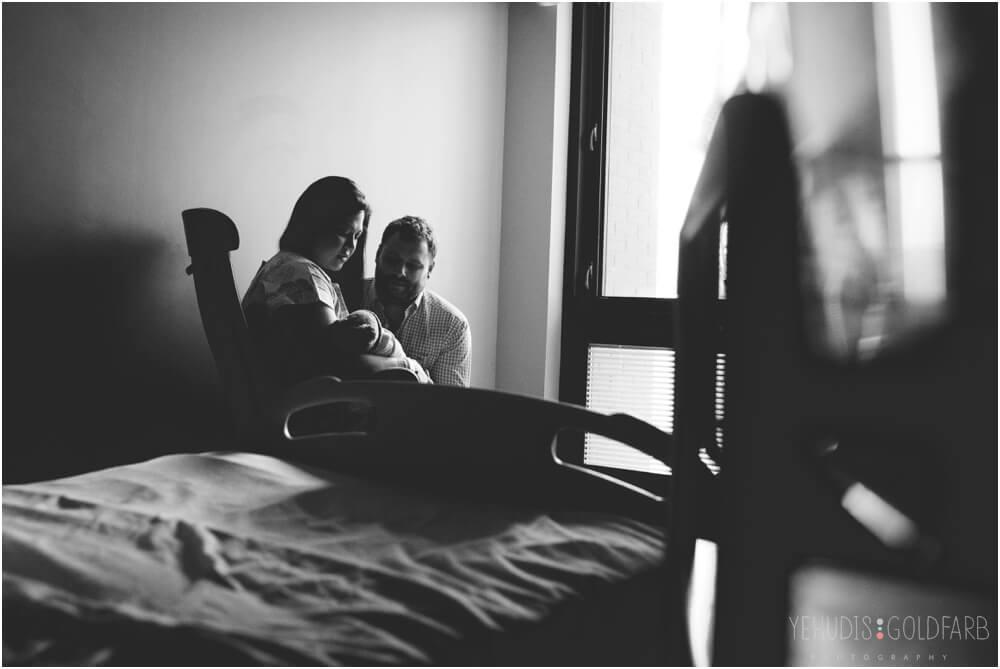 Bringing-Baby-Home-Yehudis-Goldfarb-Photography_0021-1.jpg