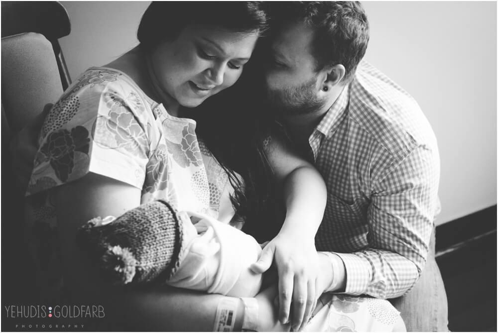 Bringing-Baby-Home-Yehudis-Goldfarb-Photography_0024-1.jpg