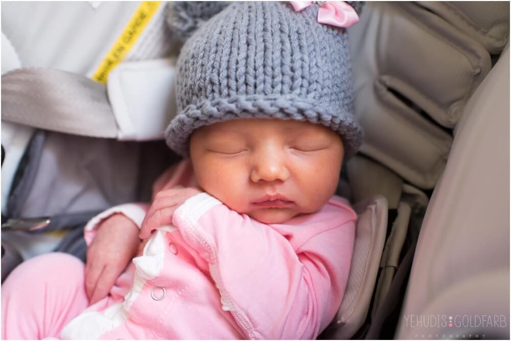 Bringing-Baby-Home-Yehudis-Goldfarb-Photography_0028-1.jpg