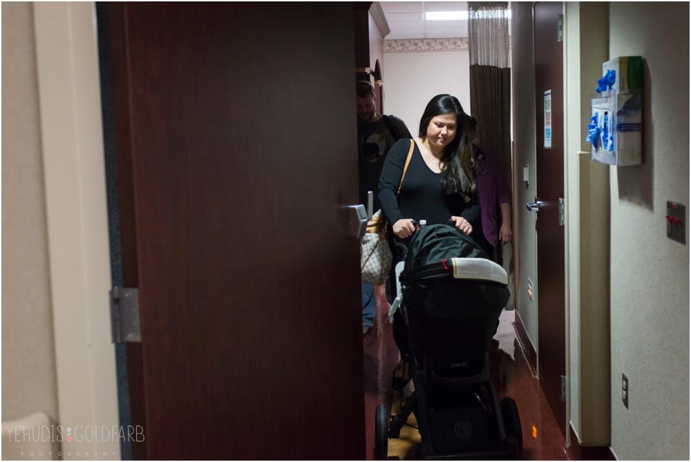 Bringing-Baby-Home-Yehudis-Goldfarb-Photography_0050-1.jpg