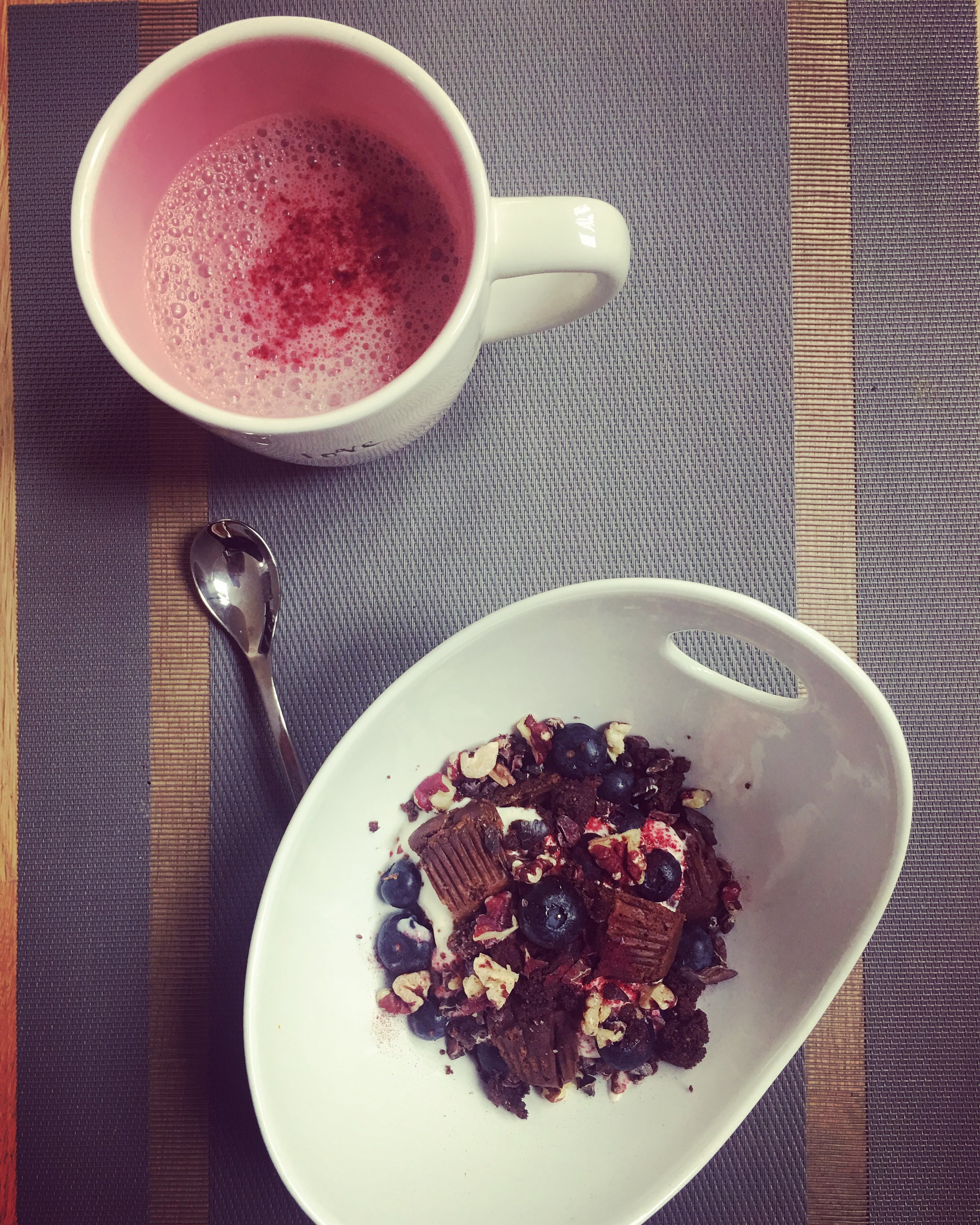 Wow x 1,000,000! Cacao red beet latte with my LOCKED & LOADED yogurt bowl. Smaller portions helps with mindfulness and not overeating.