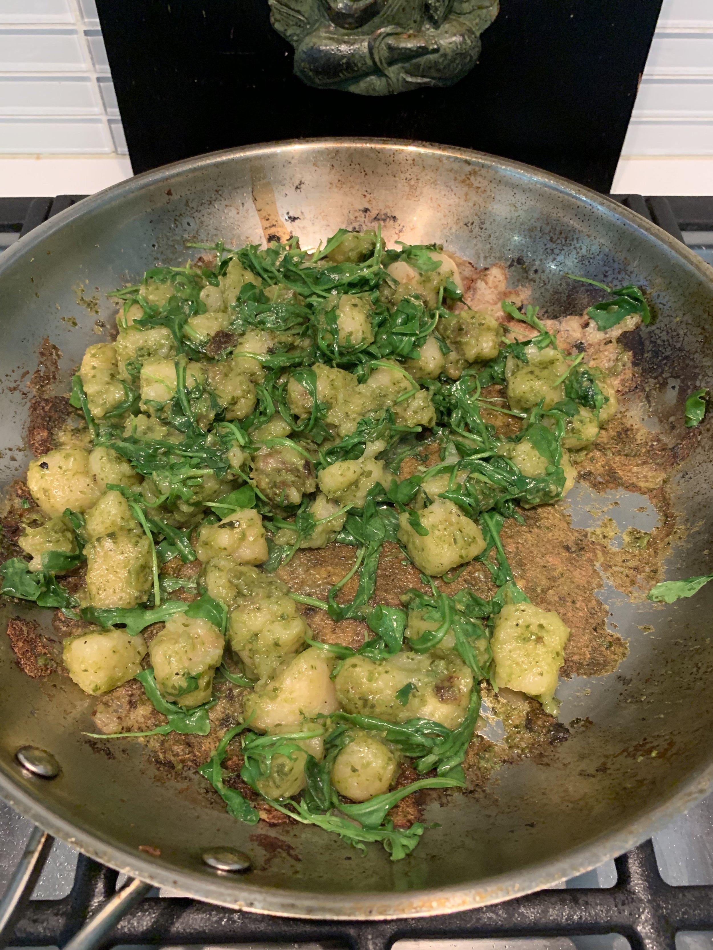 Cauliflower gnocchi with arugula + vegan kale cashew pesto!