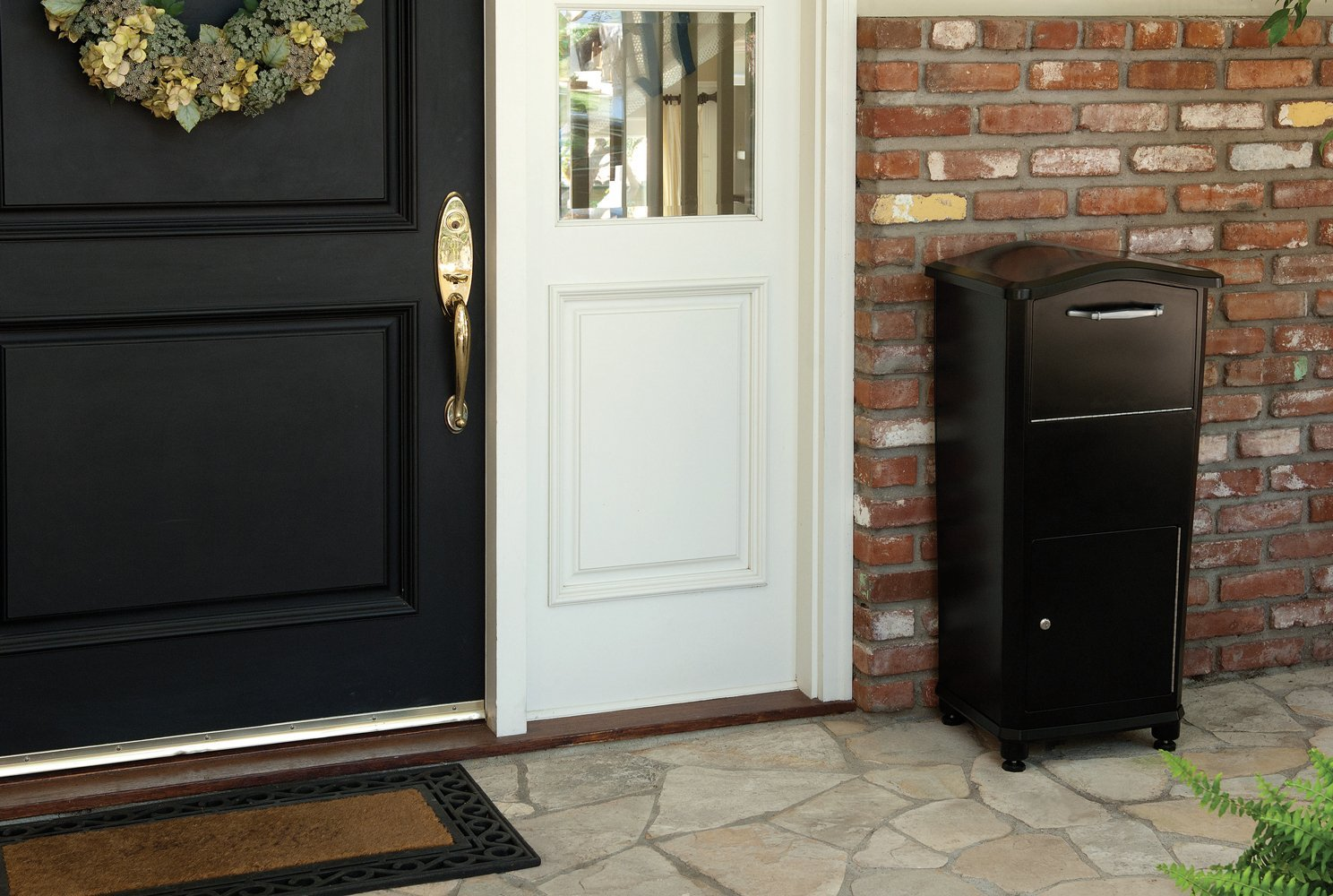 Architectural-Mailboxes-front-porch.jpg