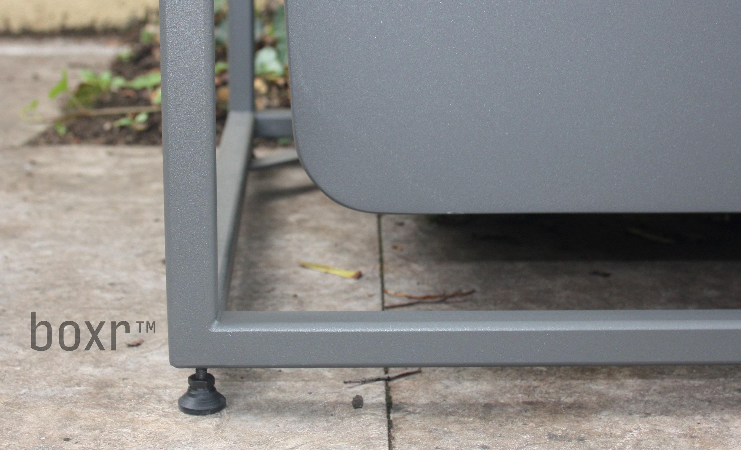 detail-foot-front.jpg