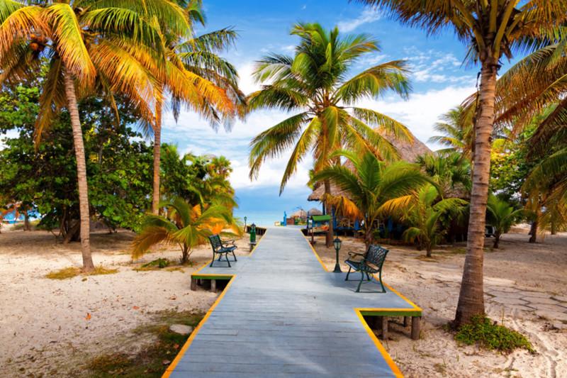 00_0X_QI_cuba-vacations-varadero-beach4.jpg