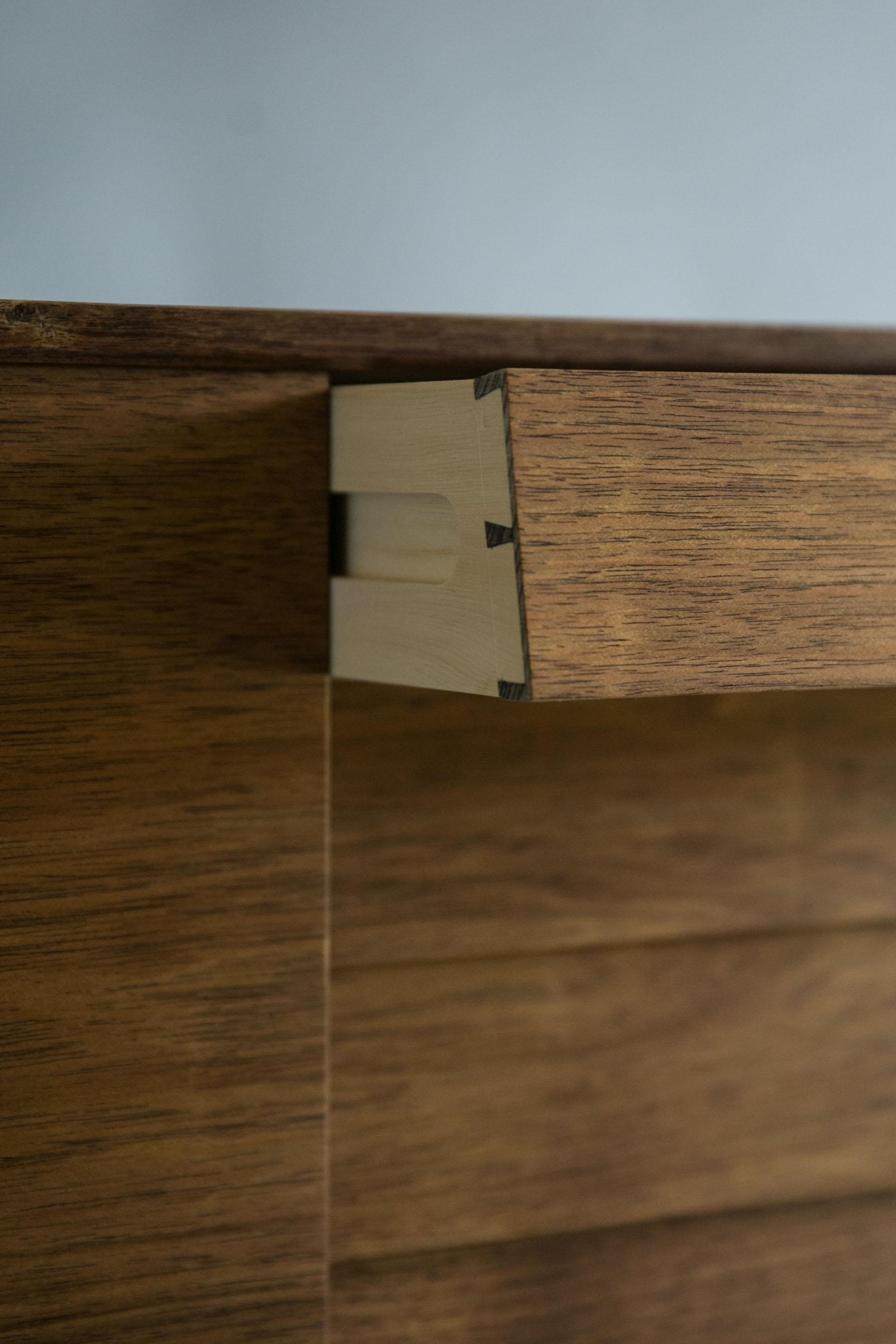 Reuben-Sturt-Furniture-4.jpg
