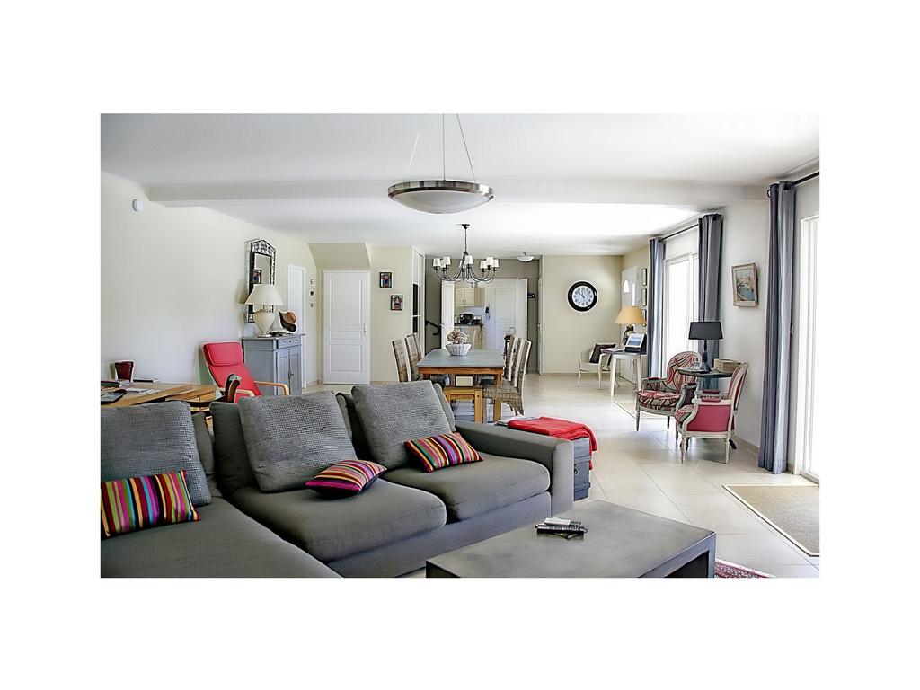 living room .jpg