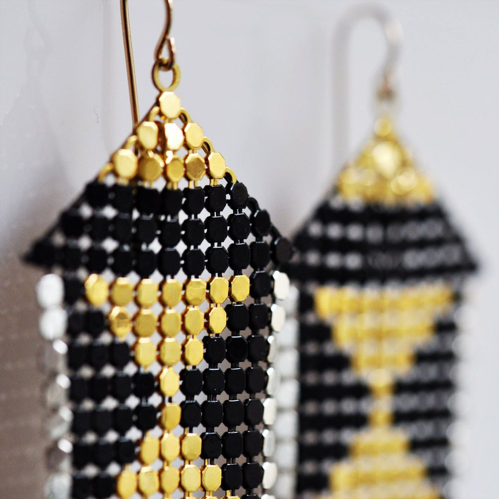 mesh-pedestal-earrings-maralrapp.jpg