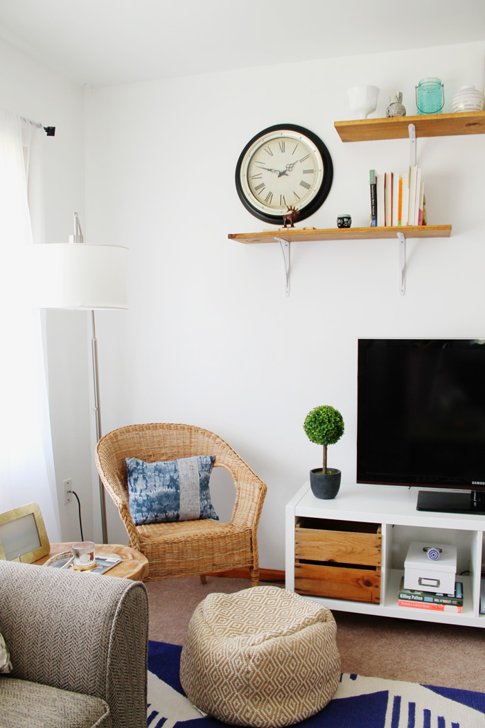 modern-nautical-living-room