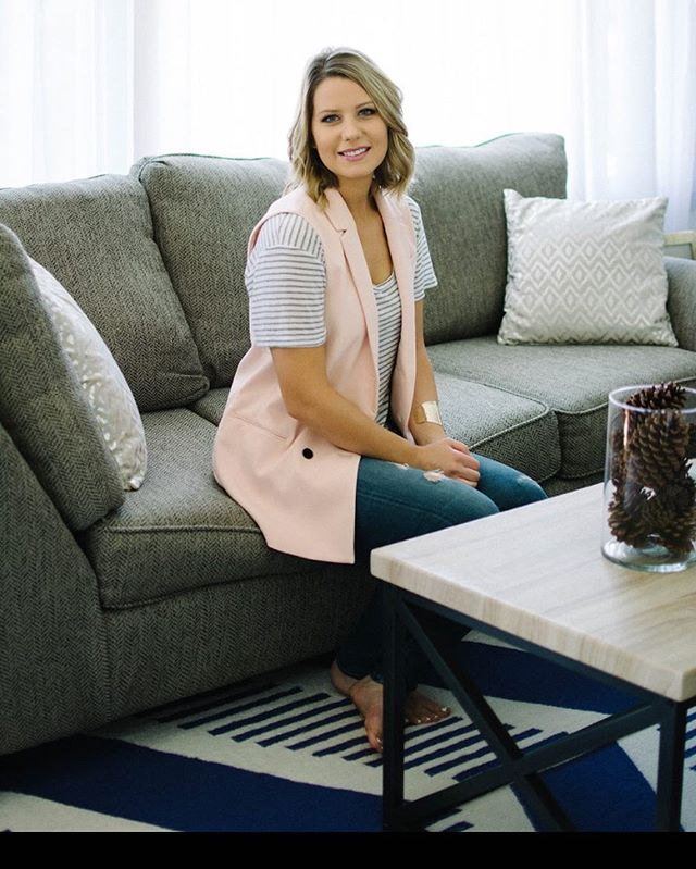 There are lots of new faces around here so I'd thought it'd be fun to do a quick little introduction. Hi! 👋 I'm Amanda and I'm obsessed with helping women decorate their home in a way that reflects their style to create a home they love. I've loved decorating ever since I was a kid and would rearrange my room constantly and ask my parents to take me to ikea that was 2 hours away. I grew up on a farm in a tiny town in Iowa. I moved to San Francisco after college and lived there for a while before coming back to Iowa. Now my firefighter boyfriend 👩🏻‍🚒and I are renovating our first home. So far we've renovated the bathroom and living room, up next is the kitchen. I have a major sweet tooth (ice cream is my fave!) and love hanging outside with our drahthaar  pup. I'm so glad you're here following along and hope you learn some things about decorating along the way 😊Now I'd love to hear a fun fact about YOU!