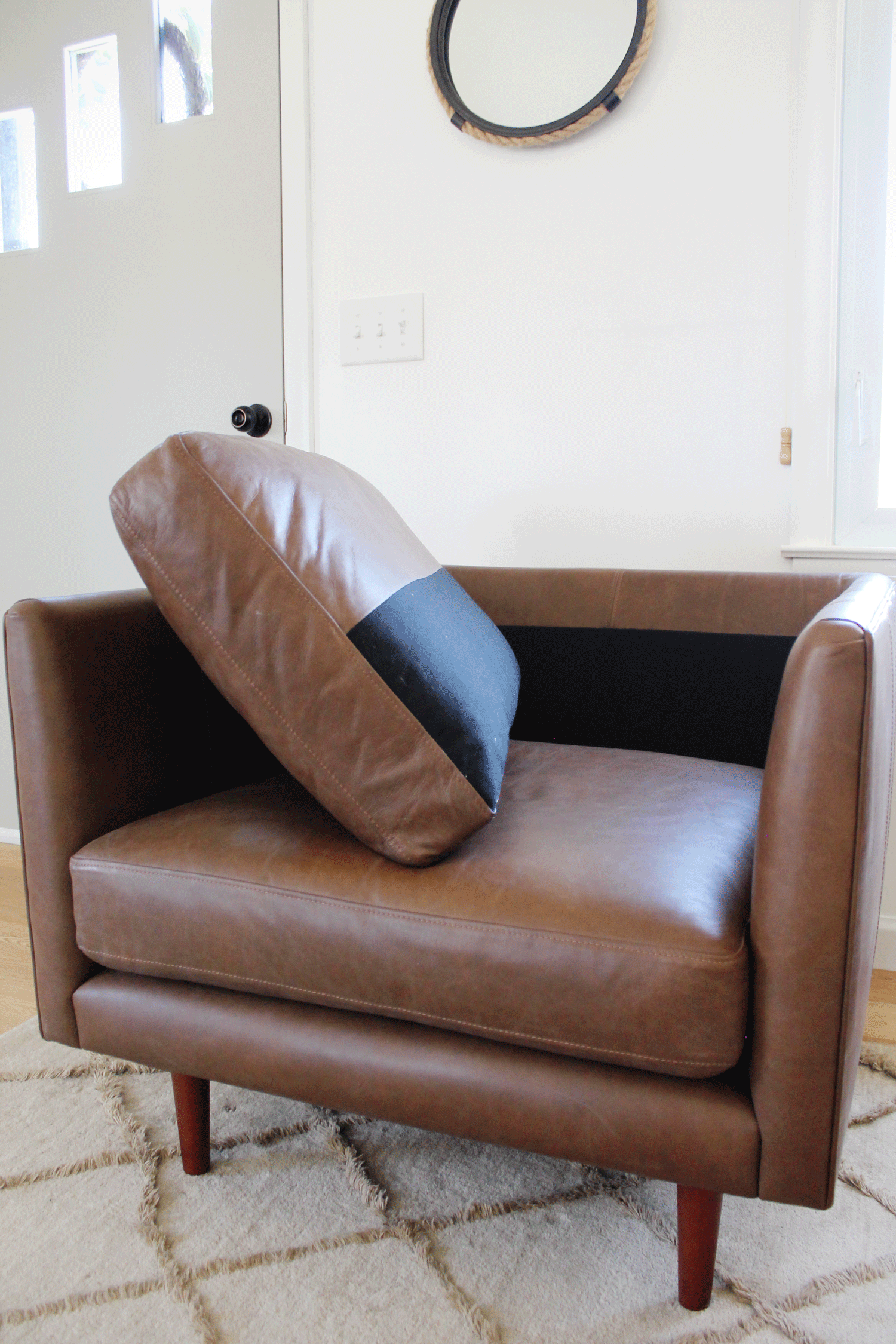leather-chairs-11.png