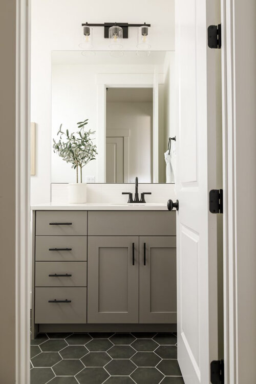 Neutral Grey Paint Color, What Is The Best Sherwin Williams Paint For Bathroom Cabinets