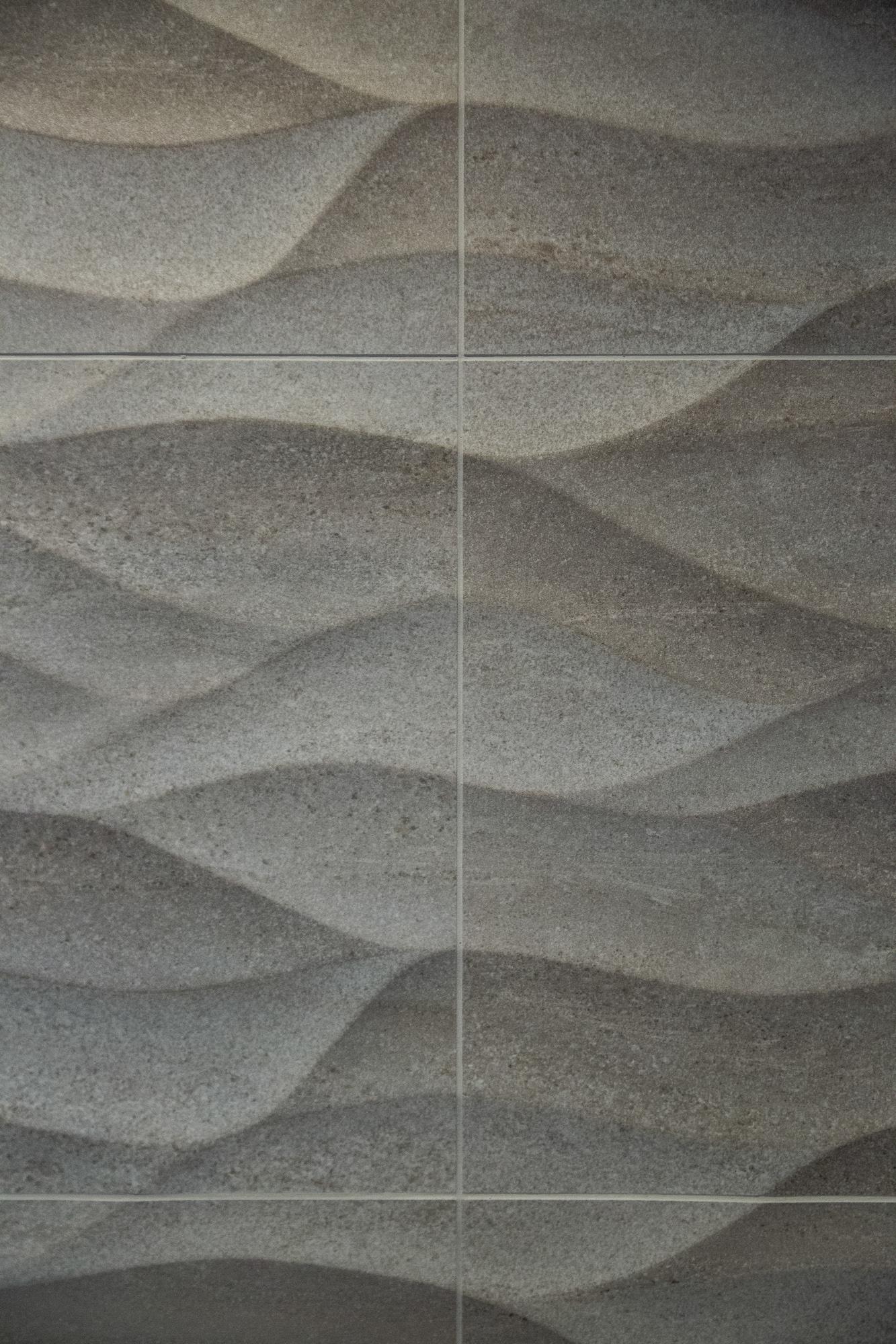 Porcelanosa feature tiles.jpg