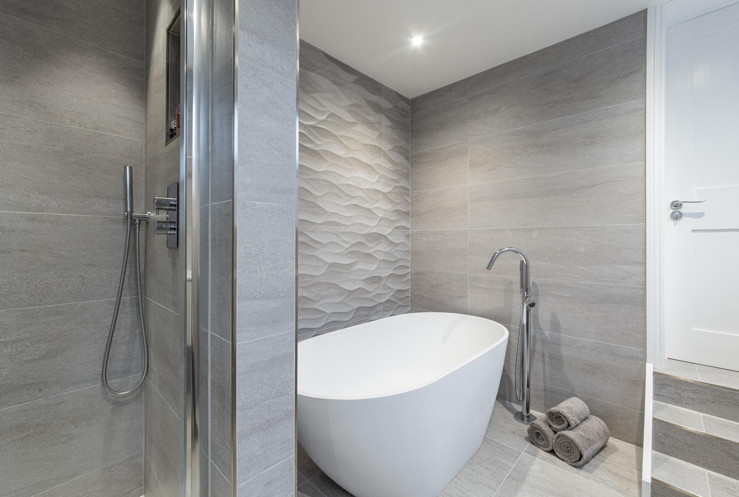 Modern wetroom style bathroom
