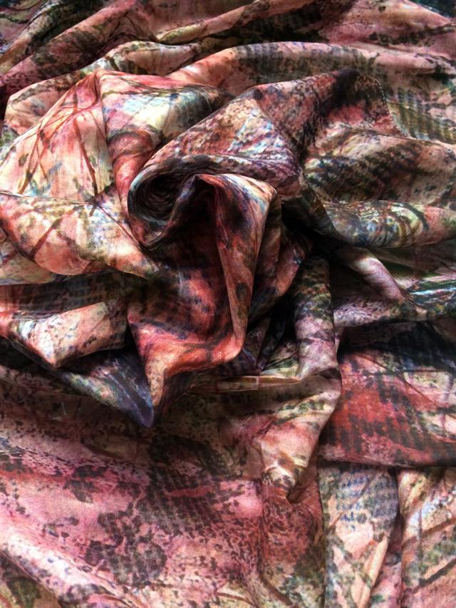 siobahn blaze scarf 004_640.jpg