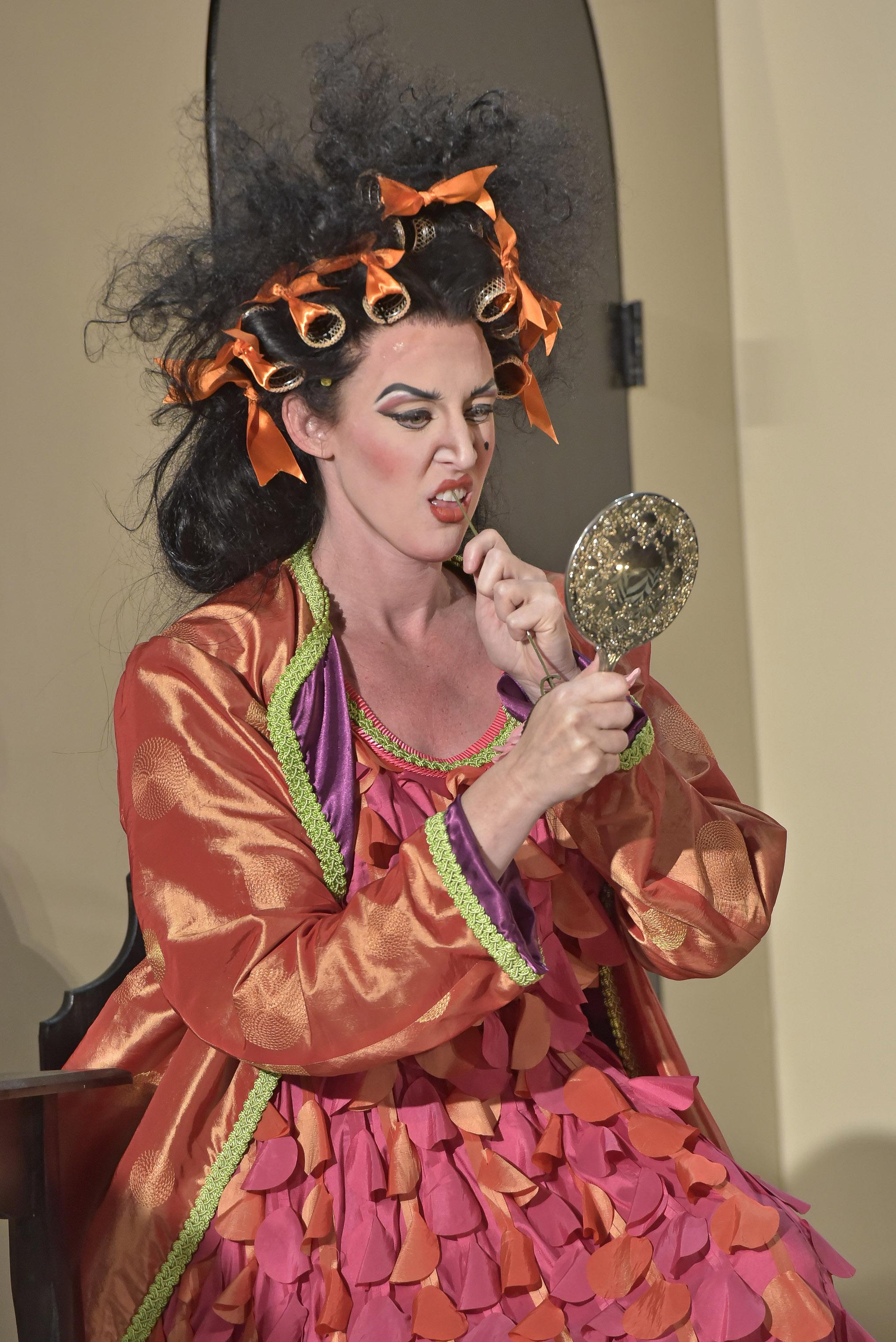 Opera_Saratoga_GG62101.jpg