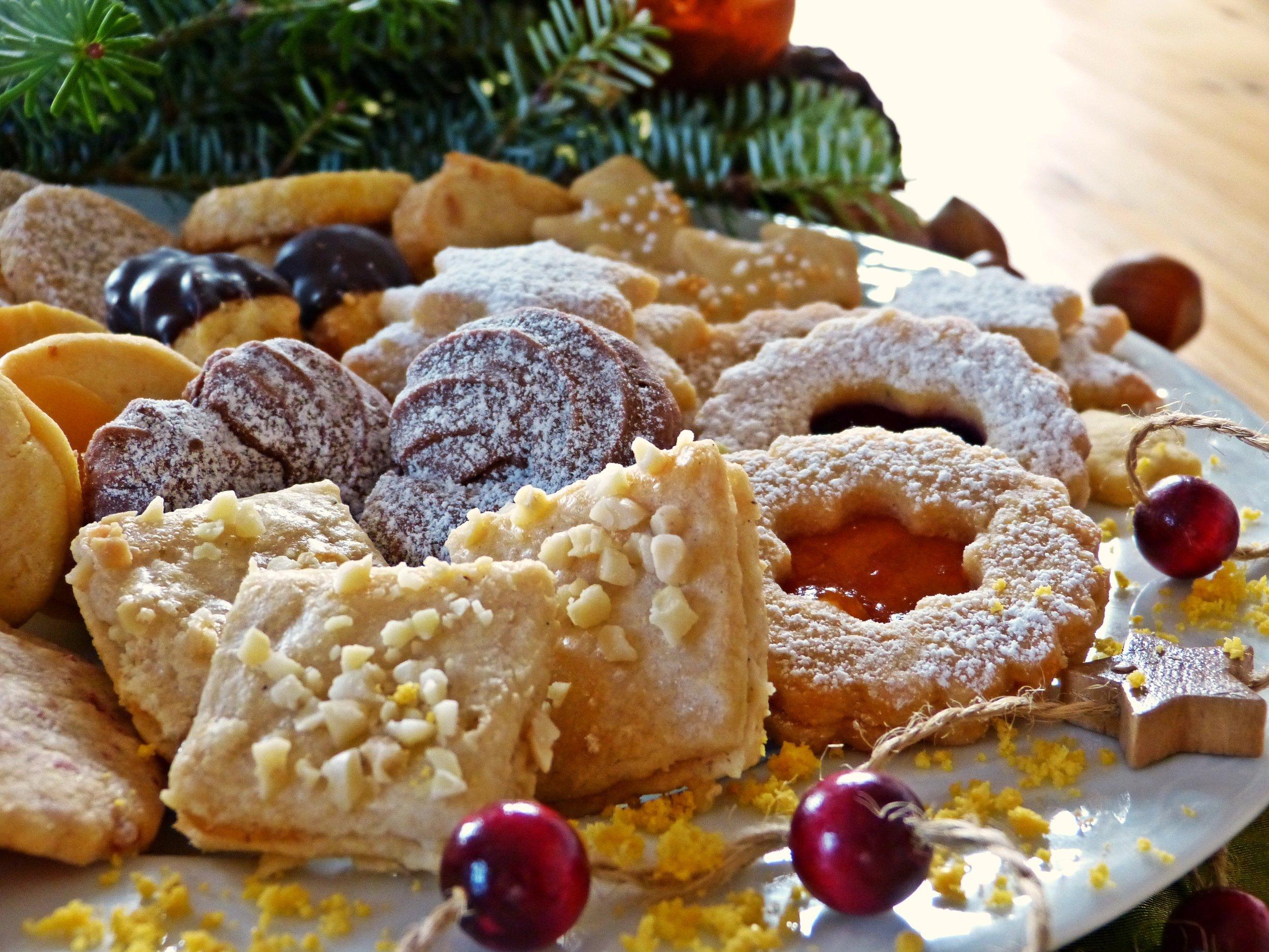 bake-bakery-baking-264779.jpg