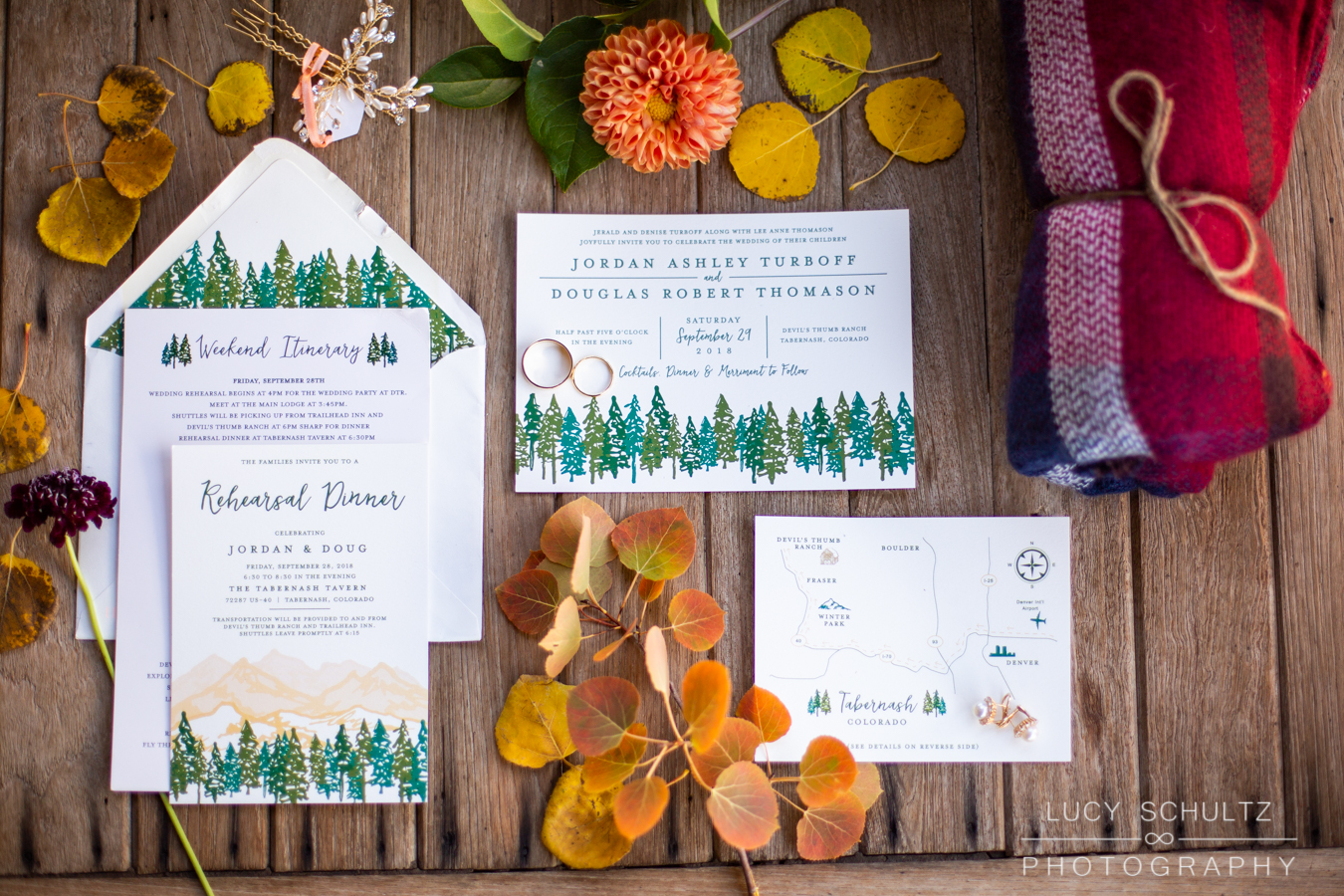 Image by  Lucy Shultz Photography . Stationery by  WordShop.