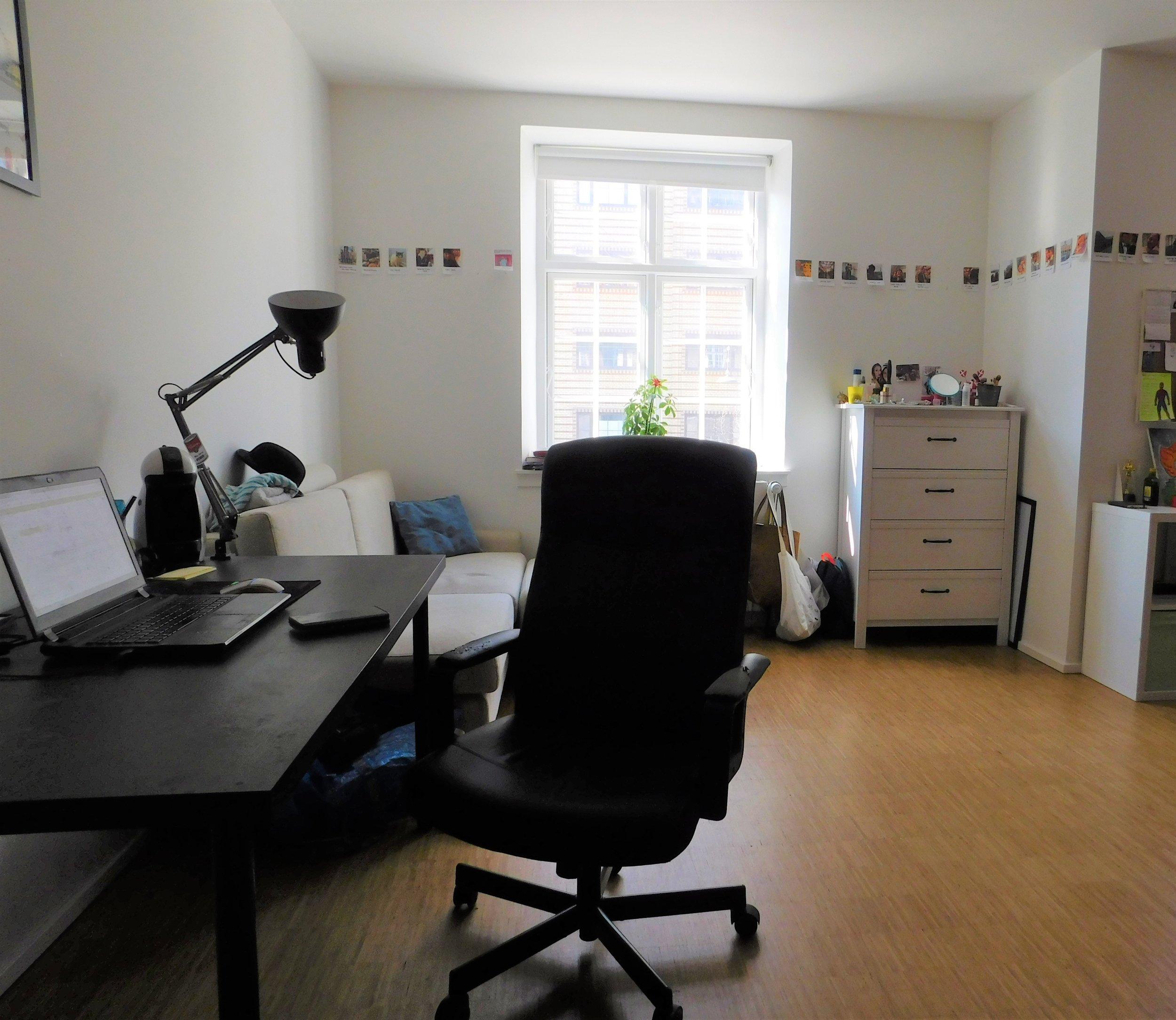 Room 1.01.jpg