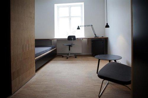 CJ+Room+interior.jpg
