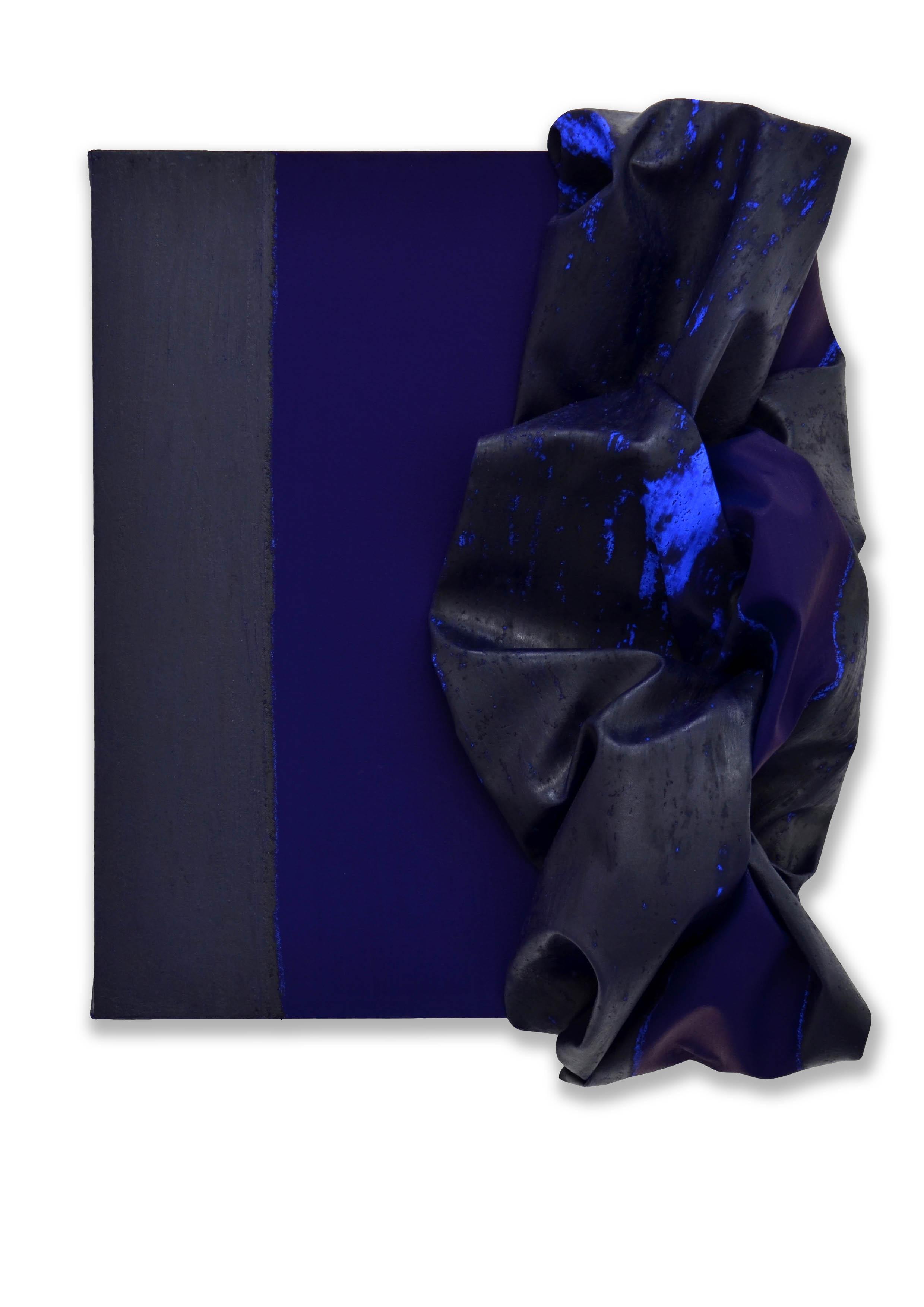 Edges  - 2017  Pigmento acrilico e oil stick su tela tesa su tavola  50 x 40 cm