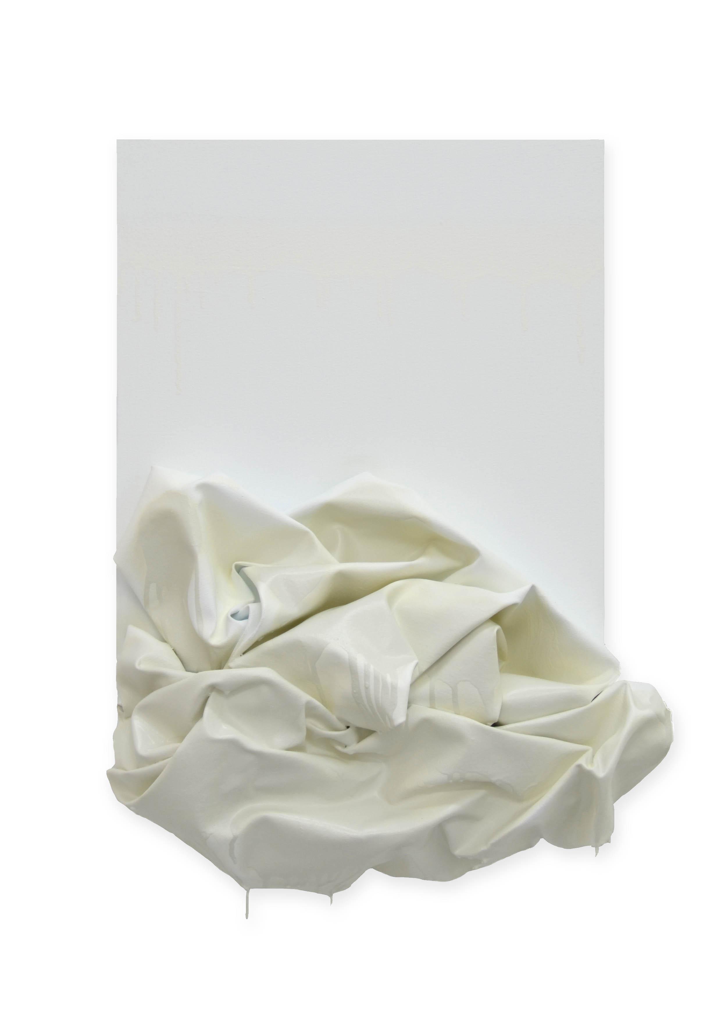 Descending  - 2017  Pigmento acrilico e bomboletta spray su tela tesa su tavola  50 x 40 cm